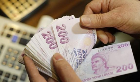 ՀՀ-ն շարունակում է մեծ քանակությամբ տարադրամ արտահանել.ամսական շուրջ 100 մլն դոլար է դուրս հանվում երկրից.«168 ժամ»