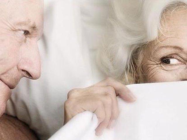Оналный секс для пожилой женщине вредно 92