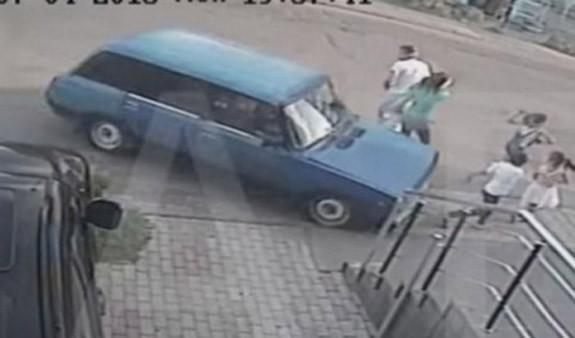 Իր երեխային մահացու վրաերթի ենթարկած վարորդին դանակահարած հայրն ազատ է արձակվել