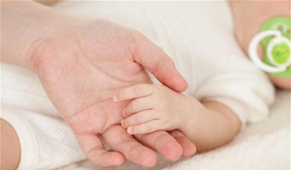 Արսեն Թորոսյանը հաստատեց, որ կորոնավիրուսով վարակված երկու ամսական երեխա կա