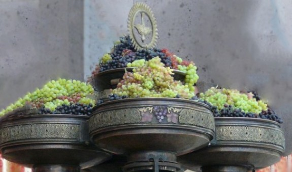 Հայ Առաքելական եկեղեցին տոնում է Խաղողօրհնեքի տոնը