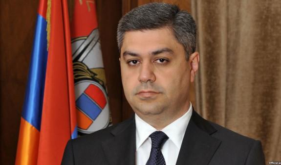 Сын Роберта Кочаряна подал иск против главы СНБ Армении