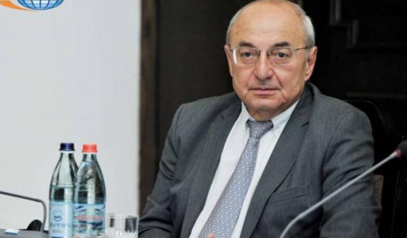 Вазген Манукян продолжит возглавлять Общественный совет Армении