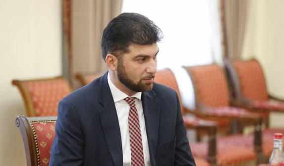 АРМЕНИЯ: Глава Государственной контрольной службы Армении Давид Санасарян дал показания в суде