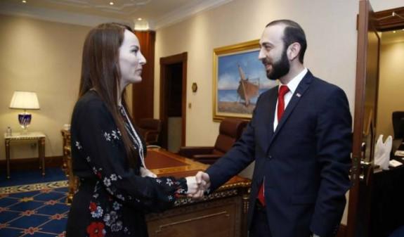 Спикер парламента Армении встретился с председателем МПС