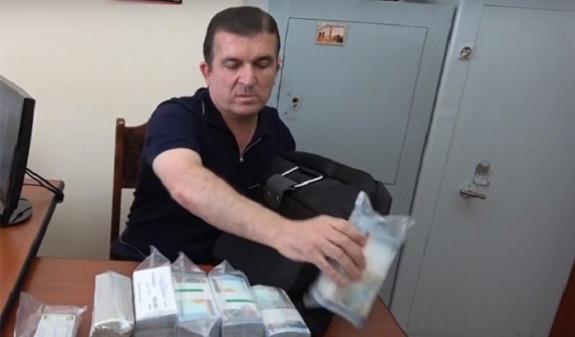 КС Армении постановил, что оспариваемые Вачаганом Казаряном статьи УК соответствуют Конституции