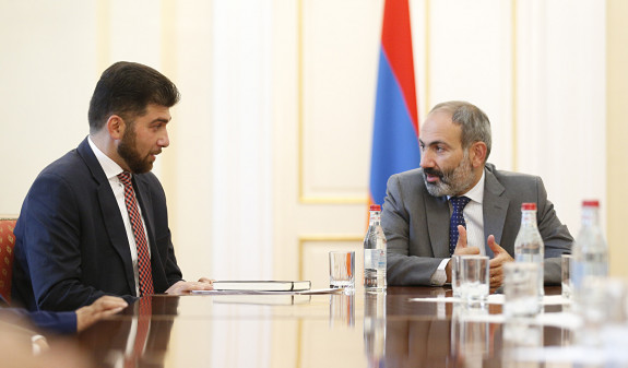 Полномочия Давида Санасаряна на посту главы ГКС не будут приостановлены – пресс-секретарь Пашиняна