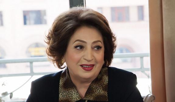 Супруга Роберта Кочаряна: любая поддержка приблизит освобождение второго президента Армении