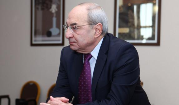 Вазген Манукян не видит предпосылок для внедрения переходного правосудия в Армении