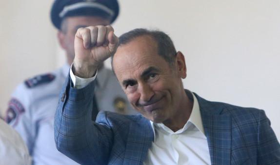 АФК «Система» предложила включить Роберта Кочаряна в состав Совета директоров