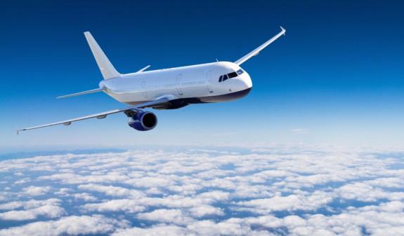 Японец, пытавшийся провезти в желудке 246 пакетов кокаина, умер на борту самолета