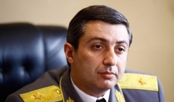 МИД Армении не комментирует информацию о предоставлении политубежища Миграну Погосяну
