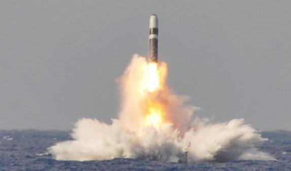 Китай впервые в истории осуществил космический пуск с морской платформы