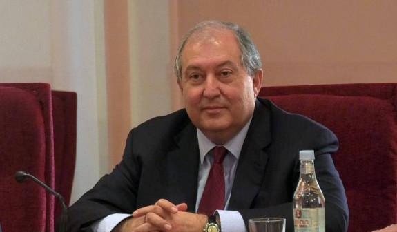 Президент Армении поздравил Токаева с победой на выборах президента Казахстана