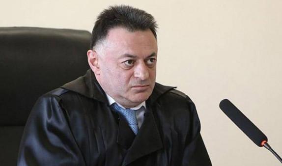 Уголовное дело возбуждено на основании заявления судьи по делу Кочаряна