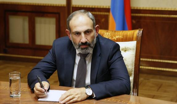 Пашинян уволил главного секретаря Минюста Армении