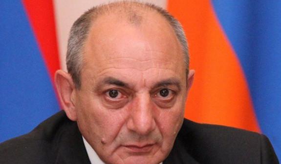 Президент Арцаха поздравил медработников с профессиональным праздником