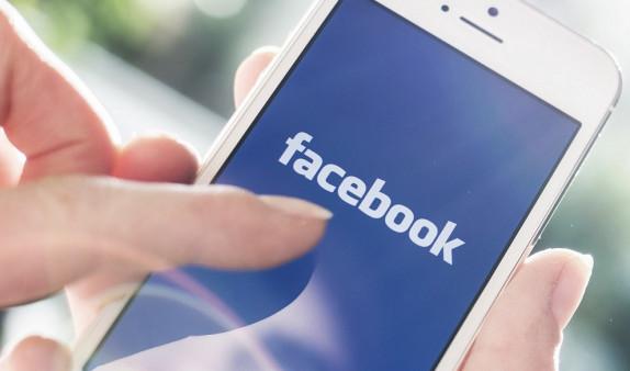 Facebook запустила собственную систему электронных платежей