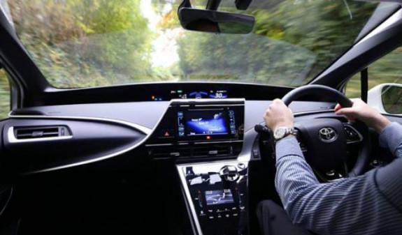 АРМЕНИЯ: Правительство Армении разрешило ввоз в страну праворульных автомобилей, но с условием