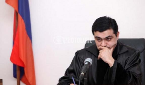 Судья по делу Кочаряна взял самоотвод