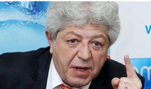 Арутюн Месробян прекратил свое членство в Общественном совете Армении