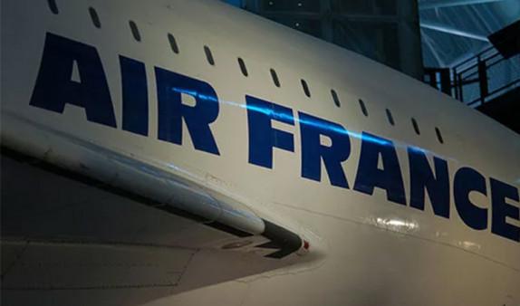Пилоты рейса Париж-Москва подрались на борту самолета